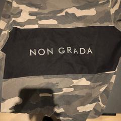 t-shirt legerprint, zoals gemeld door Van der Valk Hotel Breukelen met iLost