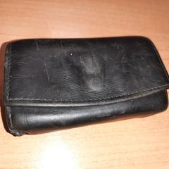 Pasjeshouder zwart leer (Mikey Alberts), zoals gemeld door Connexxion Overijssel / Flevoland-IJsselmond met iLost