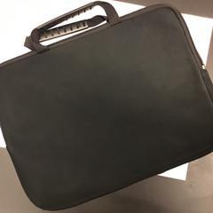 Laptop tas, zoals gemeld door HvA Leeuwenburg met iLost