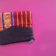 Gekleurde portemonnee, zoals gemeld door Walibi Holland met iLost