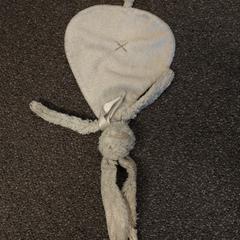 Knuffeldoekje, as reported by Pathé Helmond using iLost