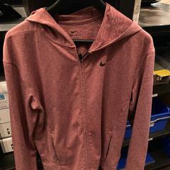 Nike vest, zoals gemeld door Van der Valk Hotel Heerlen met iLost