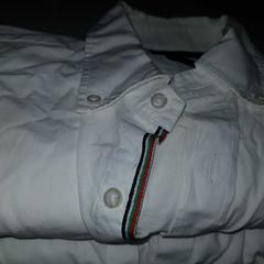 2xwhite blouse, as reported by Conscious Hotel Vondelpark using iLost