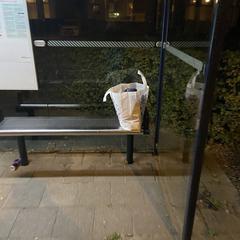 Action tas bij de bushalte, as reported to iLost