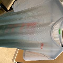 T-shirt Hugo boss, gemeldet von Van der Valk Hotel Heerlen über iLost