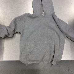 Grijze hoodie met herdershond op de achterkant, zoals gemeld door IKEA Zwolle met iLost