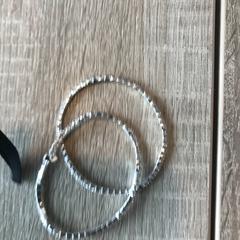 Armband, ako bolo nahlásené Van der Valk Hotel Veenendaal pomocou iLost