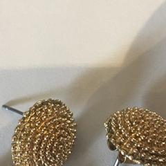 oorhangers + ketting, zoals gemeld door Groninger Museum met iLost