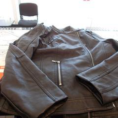 zwarte jas, as reported by Syntus Twente using iLost