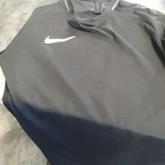 Sporttshirt zwart nike, as reported by Arriva Friesland / Groningen using iLost