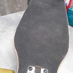 Skateboard, zoals gemeld door Arriva Friesland / Groningen met iLost