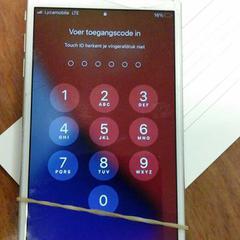 Telefoon apple, come riportato da Connexxion Valleilijn utilizzando iLost