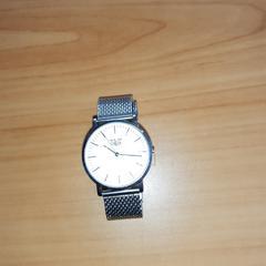 zilverkleurig horloge, as reported by Connexxion Overijssel / Flevoland-IJsselmond using iLost