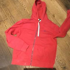 Vest Red, as reported by Conscious Hotel Vondelpark using iLost