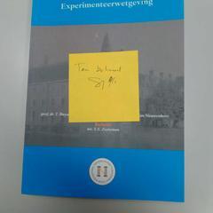 Boek, zoals gemeld door Vrije Universiteit Amsterdam met iLost