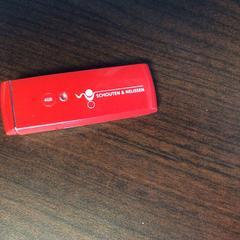 Rode USB stick, as reported by Hotel Van der Valk Heerlen using iLost