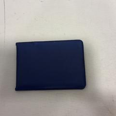Pasjeshouder blauw, a été signalé par RET utilisant iLost