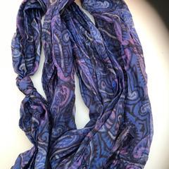 Sjaal/scarf, zoals gemeld door Rijksmuseum met iLost