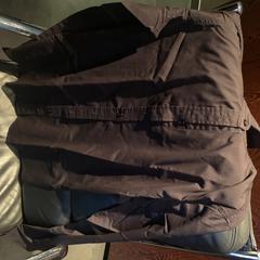 Zwarte blouse, zoals gemeld door Van der Valk Hotel Houten met iLost