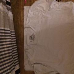T shirt, as reported by Van der Valk Hotel Kasteel TerWorm using iLost