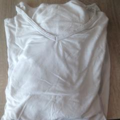 2 t shirts, as reported by Van der Valk Hotel Veenendaal using iLost