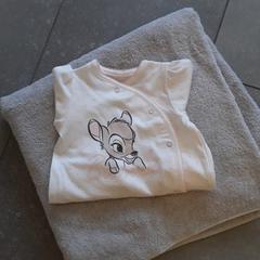 Handdoek en bambi pyama, zoals gemeld door Ziekenhuis Oost-Limburg met iLost