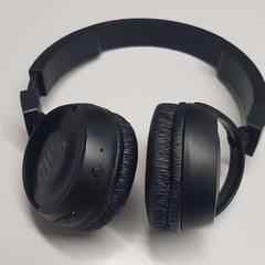 wireless headphones, as reported by The Tire Station Hotel using iLost