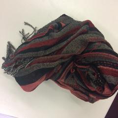 Sjaal, zoals gemeld door Pathé Schouwburgplein met iLost