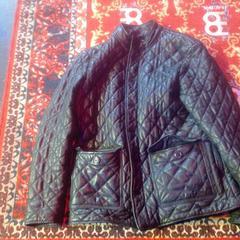 Zwarte jas, zoals gemeld door De Heeren van Aemstel met iLost