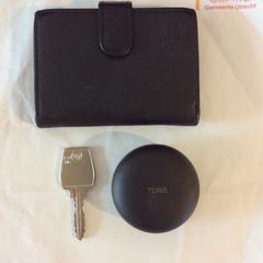 Pasjeshouder o.n.v. Rezene + oordopjes + sleutel, zoals gemeld door Gemeente Utrecht met iLost