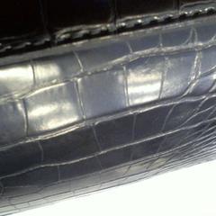 zwart tasje, zoals gemeld door Walibi Holland met iLost