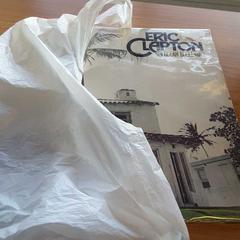 Tasje met LP van Eric Clapton, as reported by Arriva Waterbus using iLost