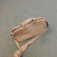 Bruine tas, zoals gemeld door Connexxion Valleilijn met iLost