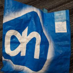 Spijkerbroek in AH tas, zoals gemeld door Arriva Vechtdallijnen met iLost