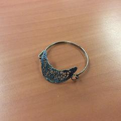 Armband, zoals gemeld door Kunstmuseum Den Haag met iLost