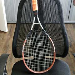 Tennisracket, conforme relatado por Connexxion Haarlem IJmond usando o iLost
