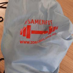 Grijs linnen tasje, zoals gemeld door Connexxion Haarlem AML met iLost