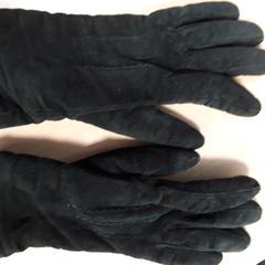 Handschoenen dames, zwart suede, as reported by Arriva Vechtdallijnen using iLost