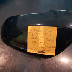 Zwarte kap van spiegel van de auto, as reported by Van der Valk Hotel Veenendaal using iLost