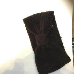 Black headband, as reported by Rijksmuseum using iLost