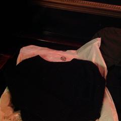 Zwarte trui, zoals gemeld door De Heeren van Aemstel met iLost