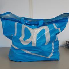 Plastic tas Albert Heijn, zoals gemeld door Connexxion Zeeuws-Vlaanderen met iLost