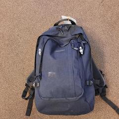 Zwarte rug tas, zoals gemeld door Connexxion Valleilijn met iLost