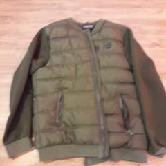 Groene jas, zoals gemeld door Arriva Limburg Noord met iLost