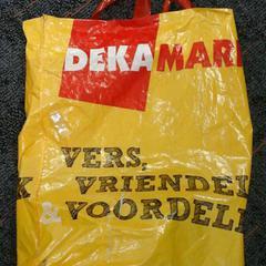 Plastic tas Deka, segons ha informat Connexxion Amstelland-Meerlanden Schiphol Noord mitjançant iLost