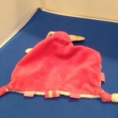 Knuffeldoekje, zoals gemeld door De Efteling met iLost