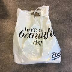 Plastic tas van Mannane, zoals gemeld door Gemeente Amsterdam met iLost