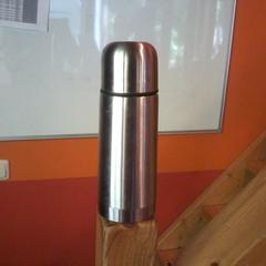 thermosfles, zoals gemeld door Apenheul met iLost