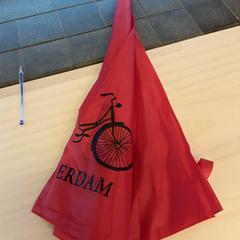 Paraplu, zoals gemeld door EBS Tramplein met iLost