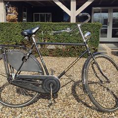 Zwarte fiets merk Burgers, gerapporteerd met iLost